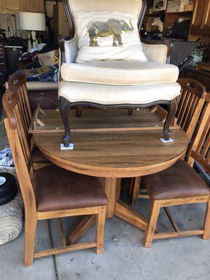 Oak Dining table w/ 4 chair w/ extension for Sale in Glendale, AZ