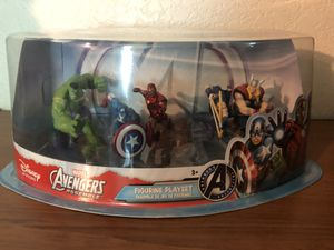 Avengers by Marvel Figurine Playset for Sale in San Bernardino, CA