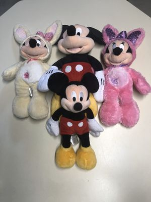 Autenthic Disney Mickey and Minnie Mouse Plush Stuffed animals for Sale in Monroe Township, NJ