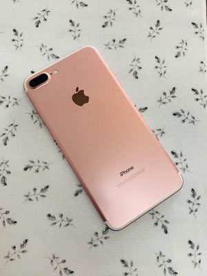 IPhone 7 Plus (32 GB) Excellent Condition With Warranty for Sale in Somerville, MA