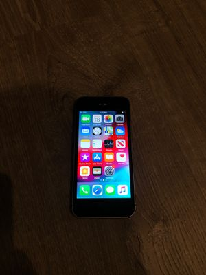 iPhone 5 SE 32gb for Sale in Oakley, CA