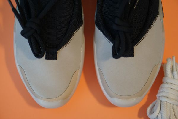 Nike Air Fear of God Strings Size 7.5