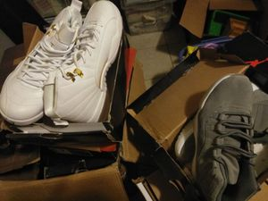 Came up on a few pair of Jordans various sizes for Sale in Chicago, IL