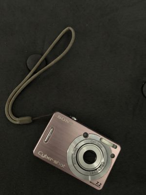 Sony Cybershot camera for Sale in Bell Gardens, CA