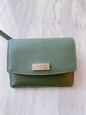 Katespade wallet for Sale in Richmond, VA