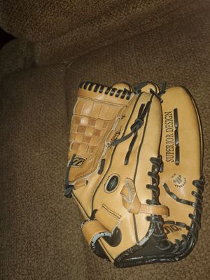 Mizuno Baseball Glove for Sale in West Covina, CA