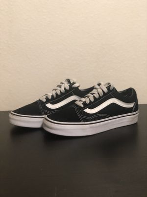 Vans classic size 4 youth for Sale in Los Angeles, CA