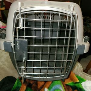 Pet Carrier for Sale in Katy, TX