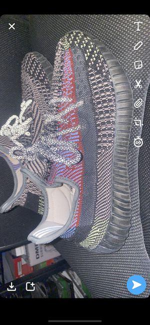 Yeezy yecheil (TRADES) for Sale in Phoenix, AZ