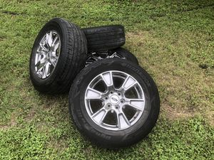 F150 2017 chrome rims and tires. Size 18 for Sale in Austin, TX