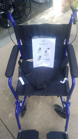 Medline Transport Wheel Chair for Sale in Joplin, MO