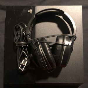 PS4 500gb w/ Turtle Beach Headset **No Controller** for Sale in Goodyear, AZ