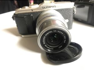 Olympus pen e-p3 mirrorless camera for Sale in Santa Ana, CA