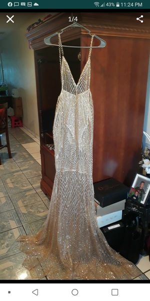 Prom dress for Sale in Pompano Beach, FL