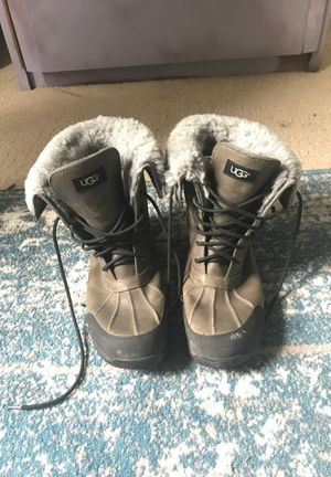 UGG SHEEP WOOL BOOTS! Size 11 men for Sale in Bowie, MD
