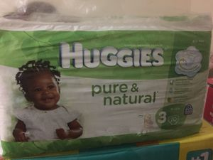 Huggies size 3 unopened diaper 70 count and pampers 32 count for Sale in East Rutherford, NJ