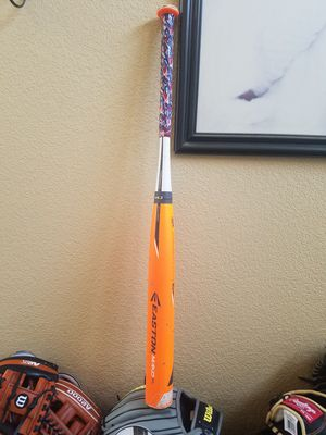 🔥🔥HOT EASTON MAKO XL 32/22 USSSA BAT for Sale in Victorville, CA