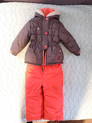 18 month Girls Snow Suit for Sale in Vancouver, WA