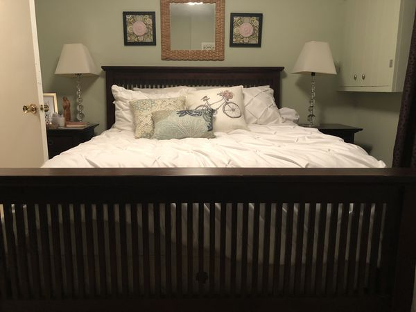Solid wood cherry 4 piece mission style bedroom set
