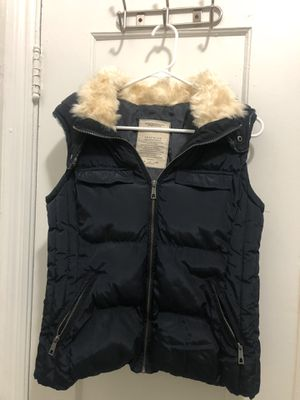 Women's Trafaluc Puffy Hooded Vest for Sale in Berkeley, CA
