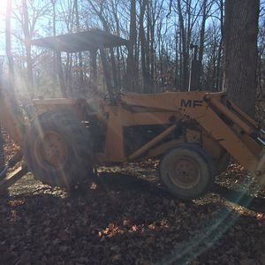 Massey Loader/Backhoe Tractor for Sale in Barrington, IL