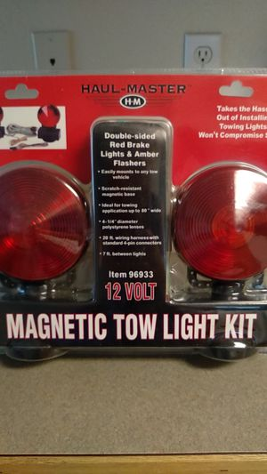 Magnetic tow light kit NEW for Sale in Gresham, OR