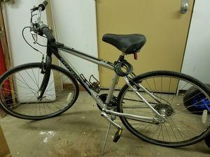Trek ladies bike with bike lock for Sale in Chicago, IL