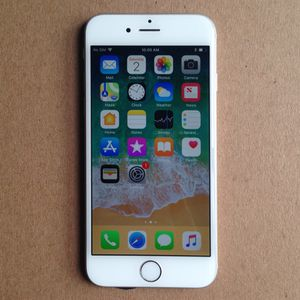 Apple IPhone 6 16GB Factory ICloud Unlocked Like New for Sale in Fairfax, VA