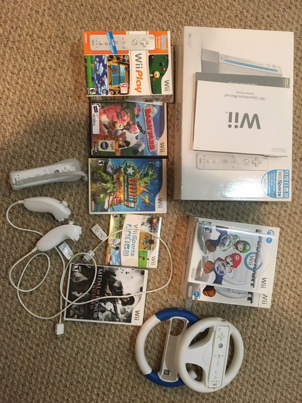 Wii console sports bundle and games