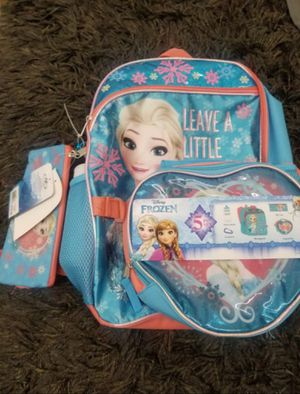 NWT Frozen Girl's Full size backpack (5-piece set) for Sale in Downey, CA