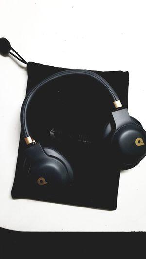 JBL Wireless Quincy Edition Headphones for Sale in Everett, WA