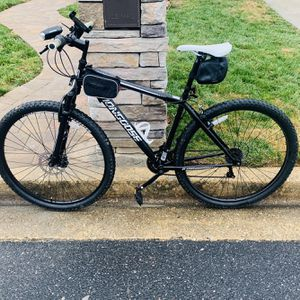great offer,mountain bike for Sale in Fort Washington, MD