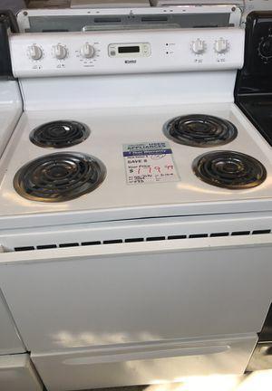 Kenmore white range coil top for Sale in Denver, CO