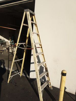 8fts Ladder for Sale in Irwindale, CA