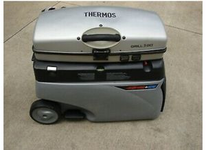 Thermos grill 2 go in the duffle bag ready to go for Sale in Las Vegas, NV
