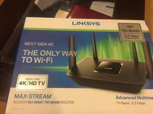 Linksys AC2200 Max Stream Mu-Mimo tri-brand Router for Sale in Houston, TX