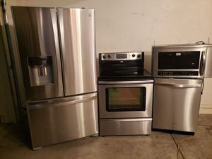 Stainless steel kitchen appliances for Sale in Avondale, AZ