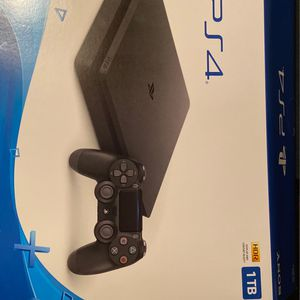 PS4 Slim for Sale in Glendale, AZ