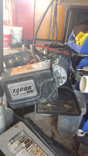 Warn taybor 9k winch and plate for Sale in Ruskin, FL