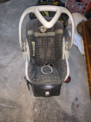Baby car seat with base for Sale in York, PA
