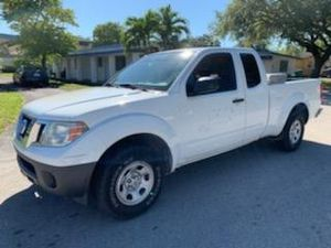 Mint condition 2016 Nissan Frontier King Cab I4 Automatic S Truck Clean title good miles for Sale in Pembroke Pines, FL