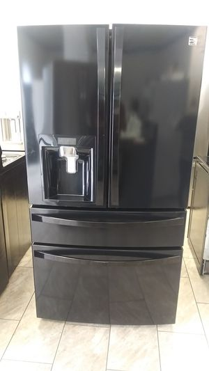 Kenmore refrigerator 36 w for Sale in Oakland, CA