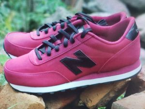 New NEW balance mens size 11.5 for Sale in Huntington Park, CA