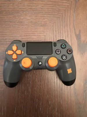 Playstation 4 (PS4) Black Ops 3 Limited Edition Controller for Sale in Elk Grove, CA