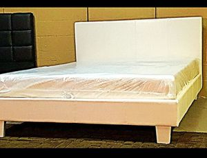 Full white platform bed with mattress and free delivery for Sale in Austin, TX