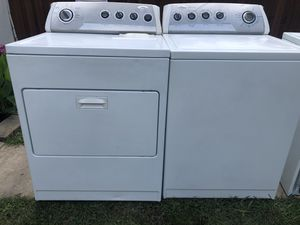 WHIRLPOOL WASHER AND DRYER ELECTRIC BOTH WORKING GREAT SUPER CLEAN INSIDE AND OUT SIDE for Sale in Irving, TX