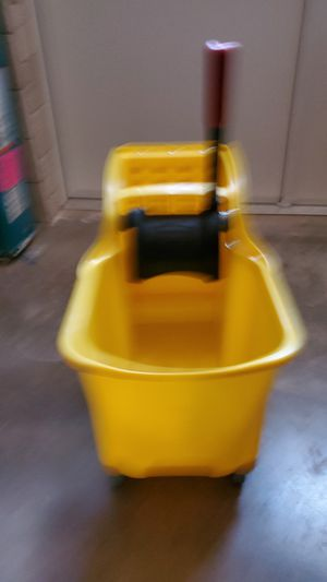 BRAND NEW MOP BUCKET 50 WITH THE SON OF GOD OR 110 AT HOME DEPOT for Sale in Tolleson, AZ