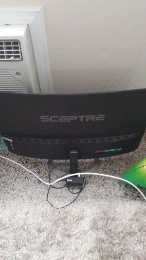 "Sceptre 27"" Curved 75hz monitor Broken Screen For Parts for Sale in Miami, FL"