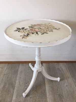 Vintage Table for Sale in East Wenatchee, WA