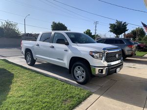 2020 Toyota Tundra wheels and tires for Sale in Fullerton, CA